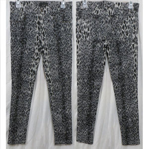 Forever 21 pants Small leopard animal studded